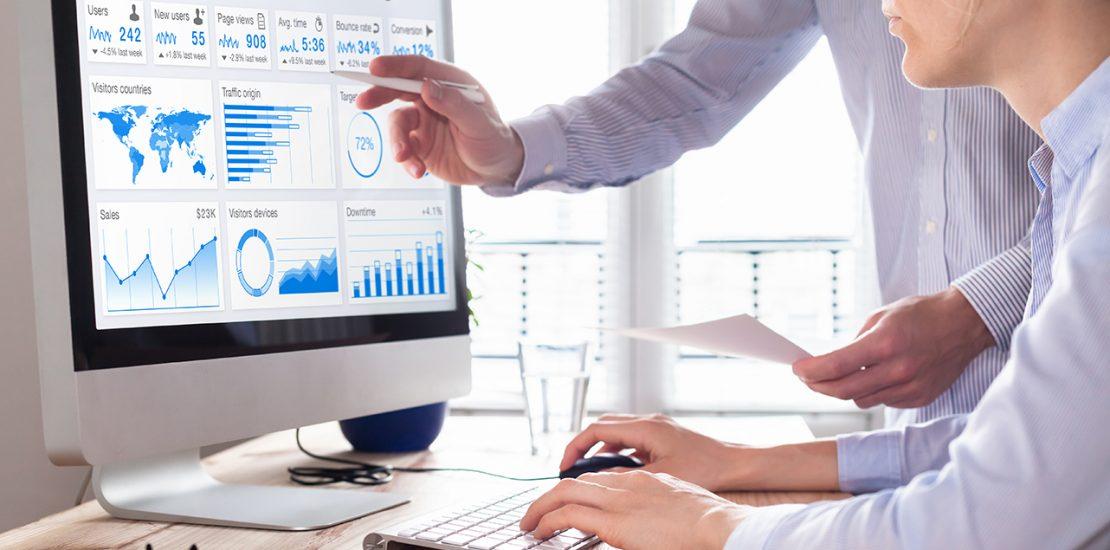 Webanalyse von zwei Personen mit Google Analytics